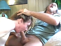 Mom undergoes extreme butt stretching