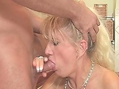 Hot mature lady riding on dick