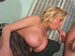 Caroline's a MILF with huuuge tits that bounce as she sucks cock!
