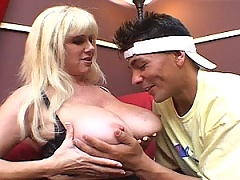 Mature and horny blonde slut seduces the tennis stud
