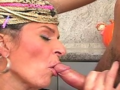 Mature lady gets jizz to tits