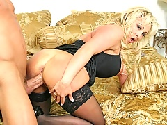 Huge boobed mommy Milan gets a nice pounding by Billy!